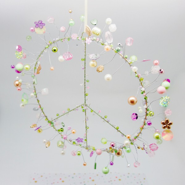 Funkelkranz 'Peace' pastell